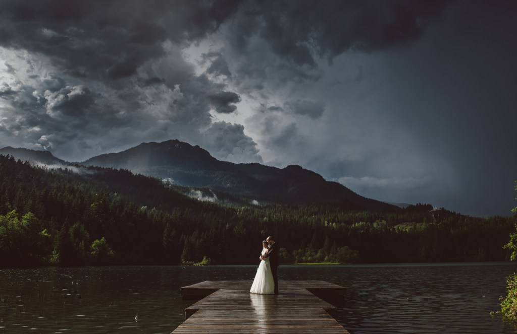 whistler-wedding-photography-nita-lake-dock_LS
