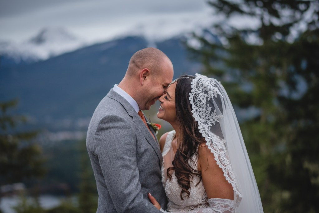 whistler-wedding-photography-smile-view_LS