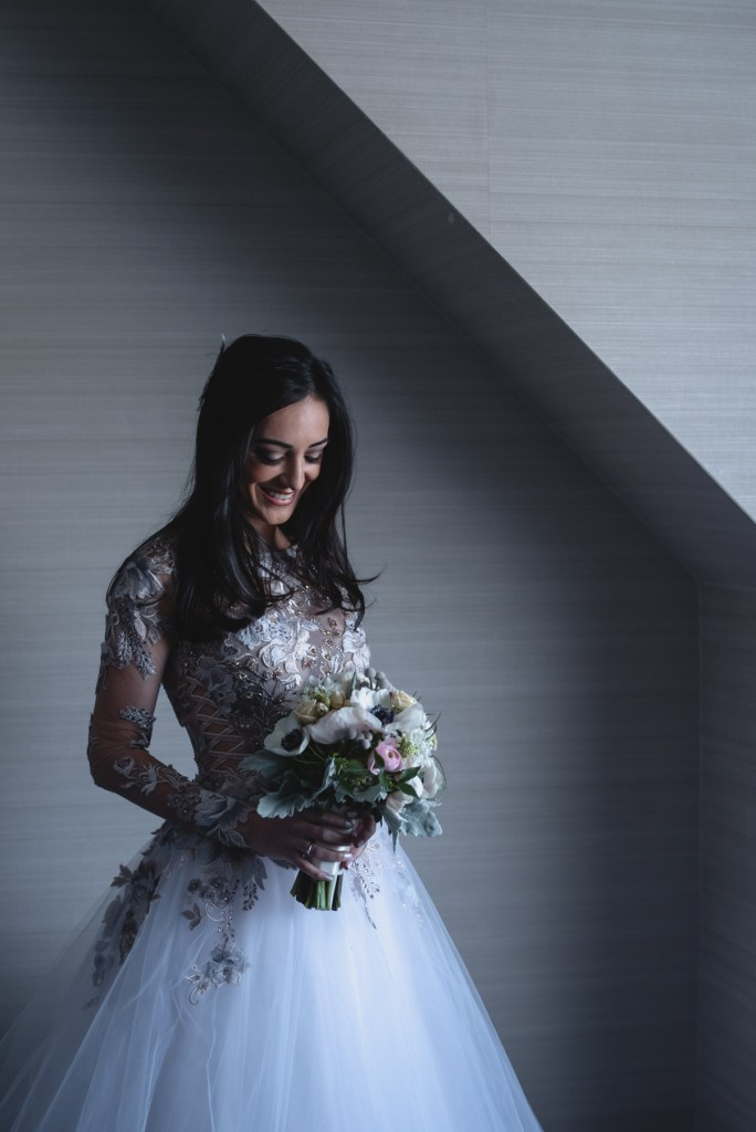 whistler-winter-wedding-fairmont-bride-flowers
