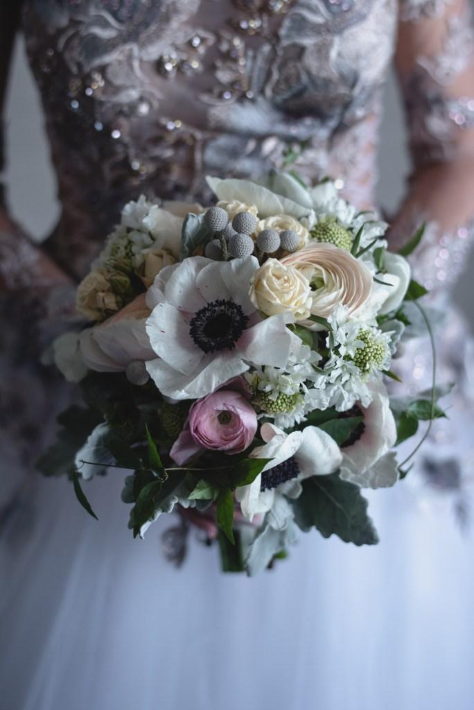 whistler-winter-wedding-fairmont-bride-bouquet