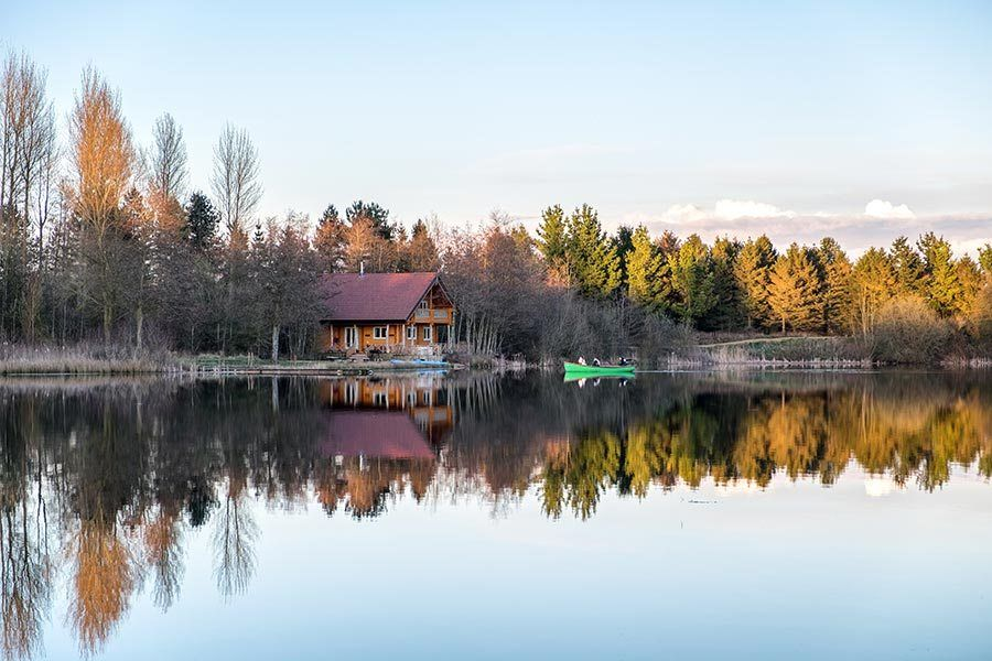 Lakeside Log Cabin Holiday UK