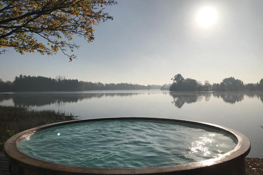 Lake-Springs-House-Hot-Tub