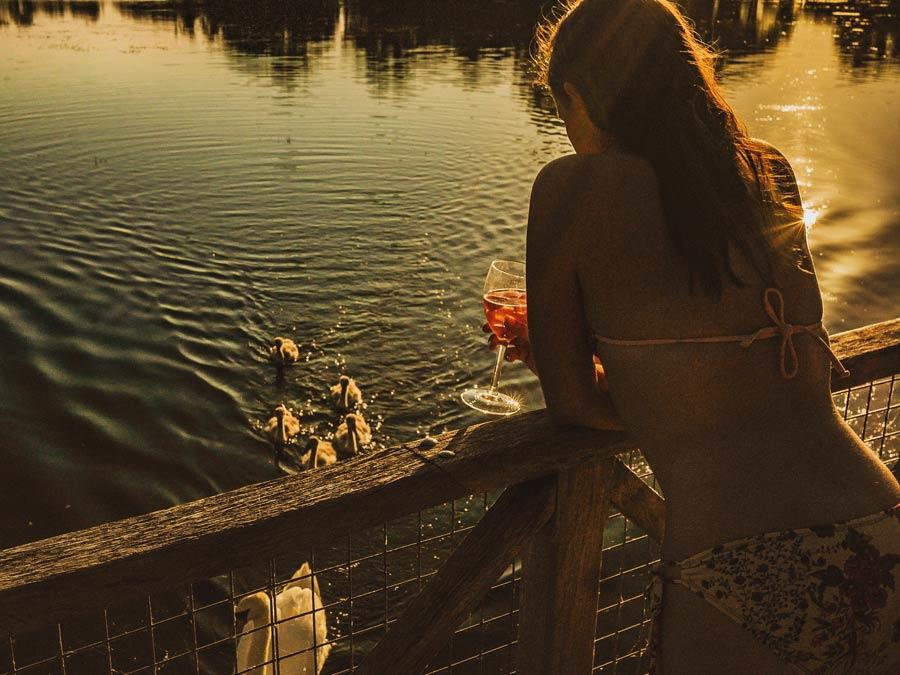 Nature Holidays By Lake