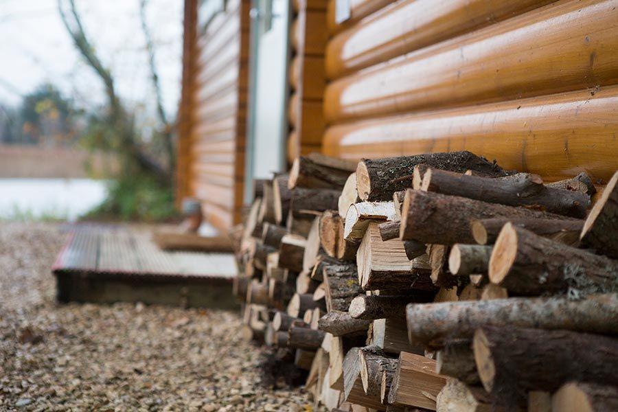 cosy-log-cabin-holiday