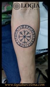 Tatuajes Nordicos Vikingos Significado Gastatuajes