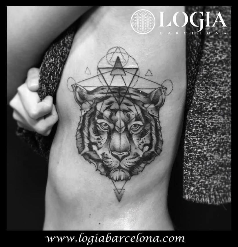 Tatuajes En El Costado Tatuajes Logia Barcelona