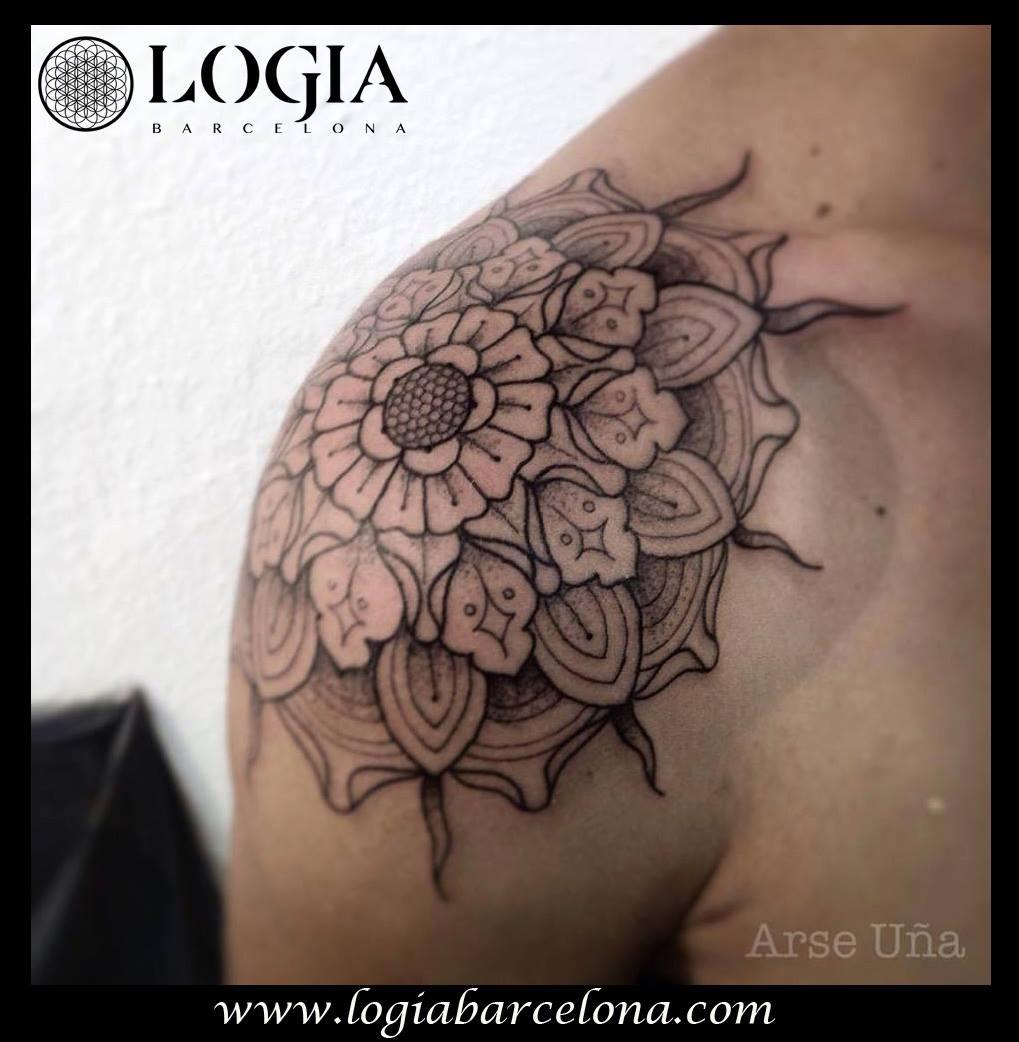 Tatuajes En Los Hombros Tatuajes Logia Barcelona