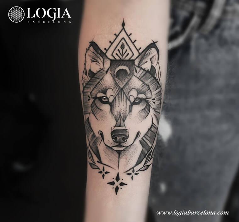 Salvajes Y únicos Tatuajes De Lobos Logia Tattoo Barcelona