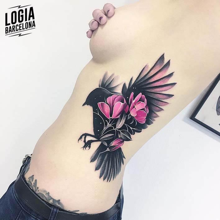 Tatuajes En Las Costillas 2019 Logia Tattoo Barcelona
