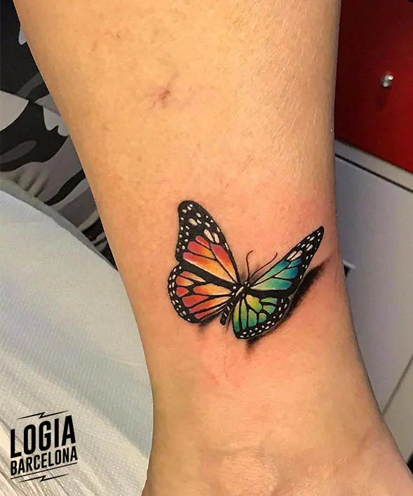 Tatuaje Mariposa 3d Logia Tattoo Barcelona