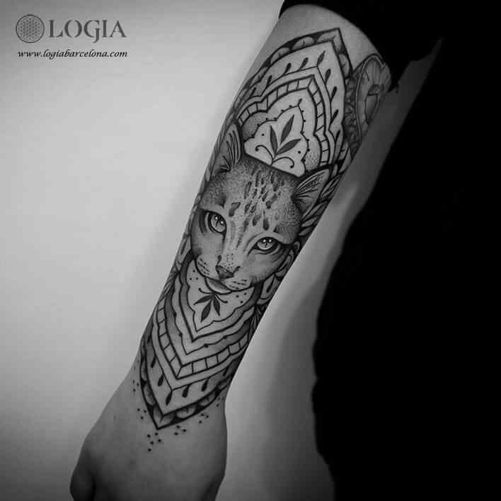 Tatuadora Beve Logia Tattoo