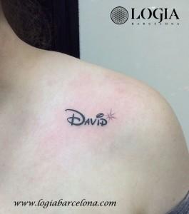 Tatuajes Para Mujeres De Corazones En El Pecho
