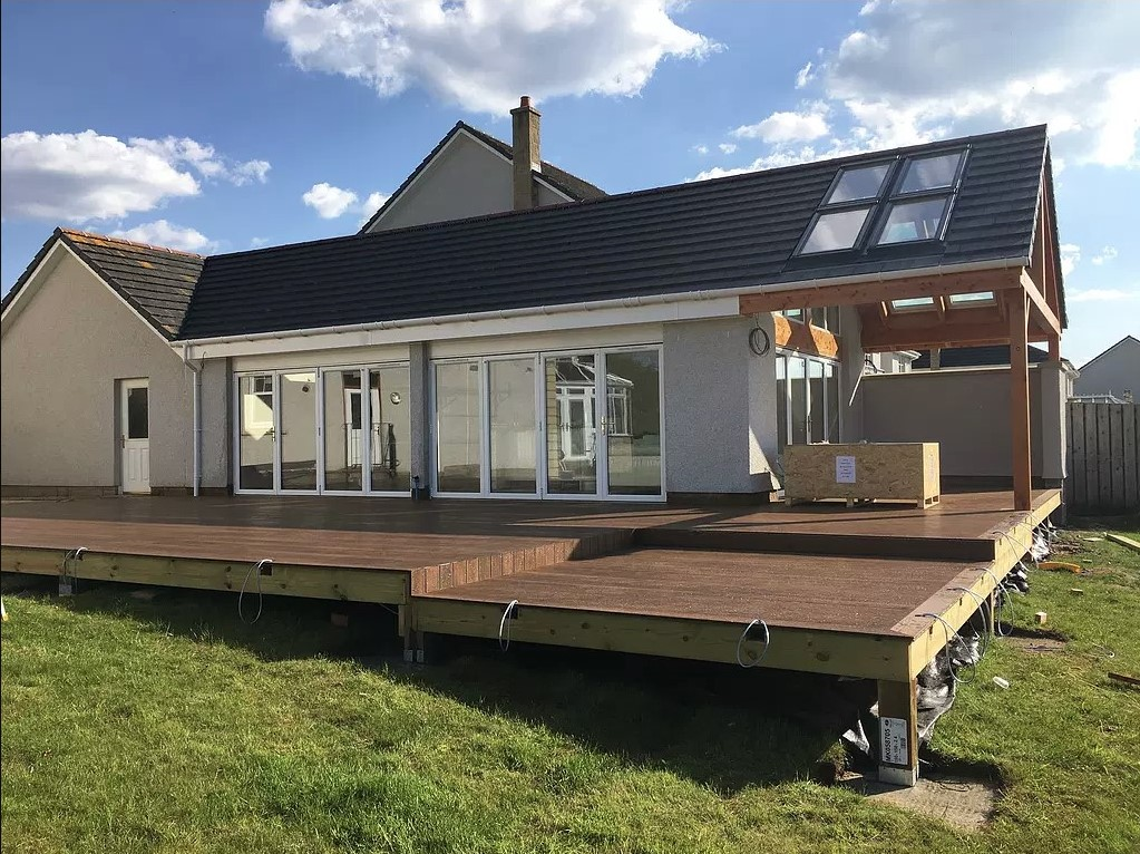 Decking and extension build
