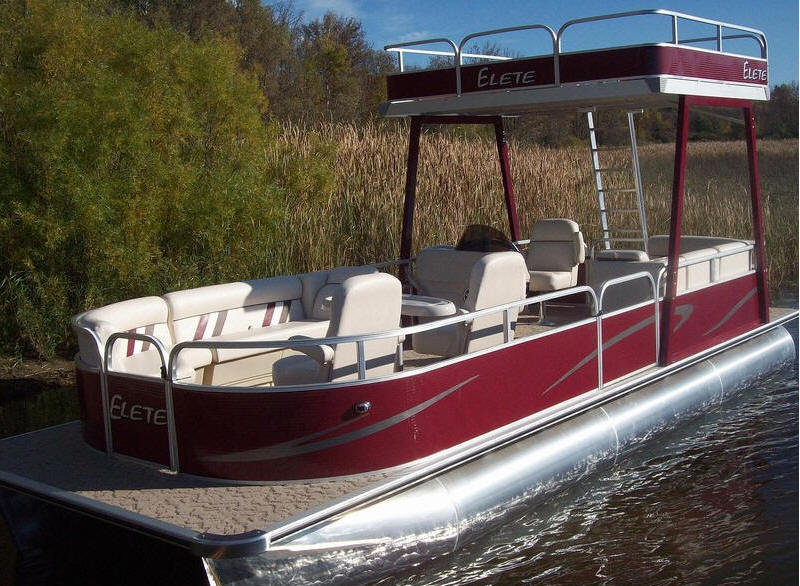 HOME PAGE OF LOGOBOATS 8 FOOT WIDE BY 19 FOOT LONG PONTOONS