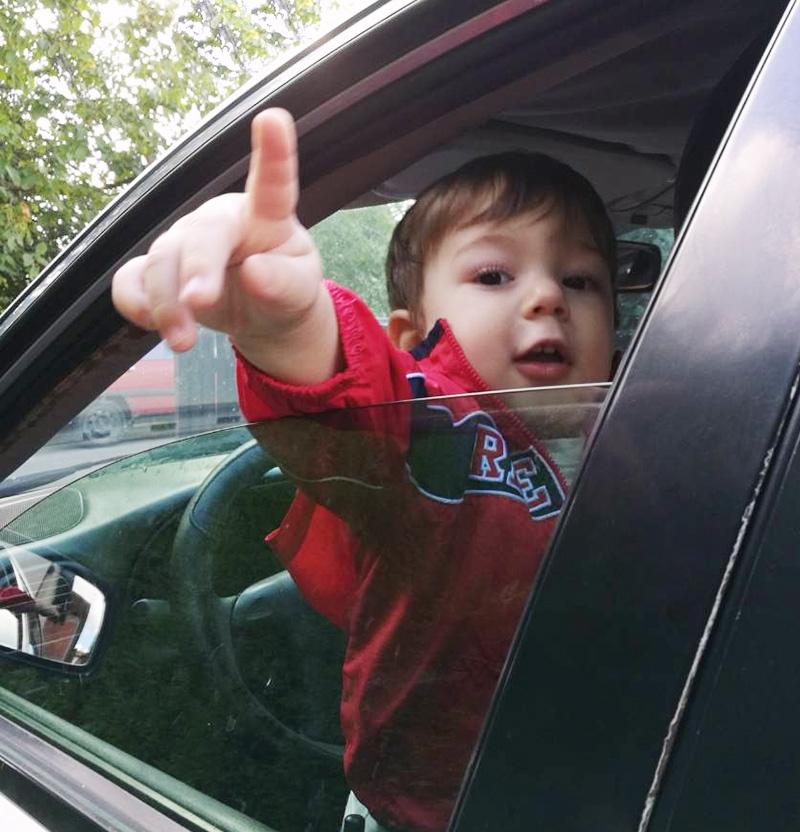 gest-pokazivanja-prstom