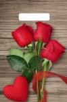 Купить оптом полиэтиленовый пакет Свежие розы с вырубной (прорубной) ручкой от Тико