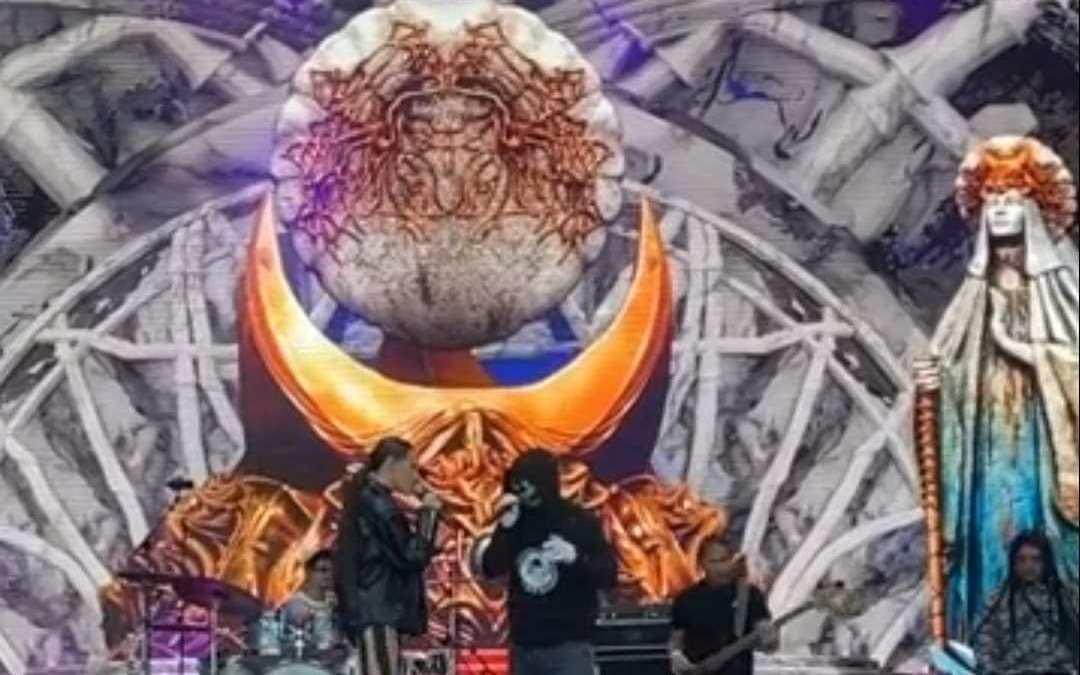 Închinare demonică la Untold?!?
