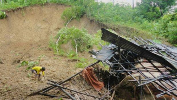 150725142116_bd_landslide_hills_bandarban_640x360_focusbangla_nocredit