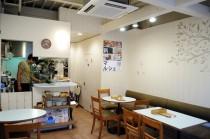 ロハスカフェの店内。