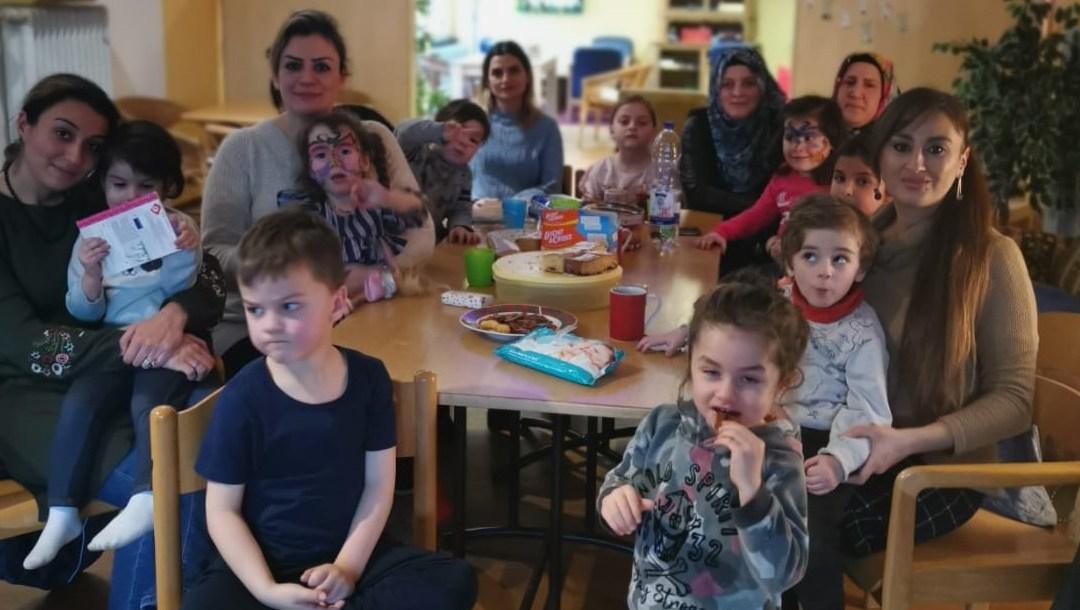 Gemeinsam spielen und quatschen in der Kinder-OT