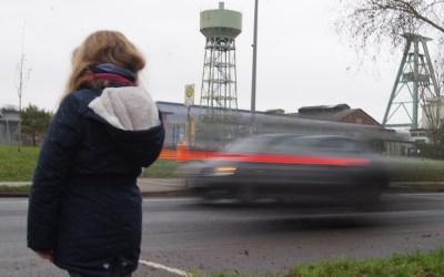 Trennlinie Hünxer Straße: Da muss doch was zu machen sein!