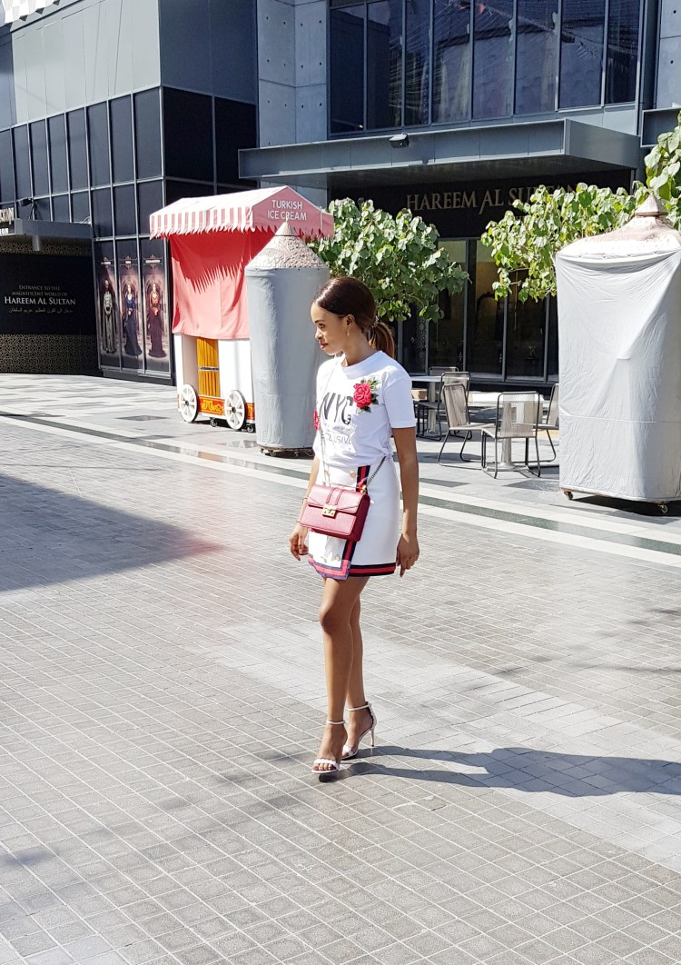 White gucci skirt with red and blue band