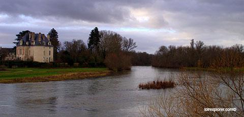 circuit chateaux de la Loire visite du Château de Selles sur Cher avec LoireXplorer
