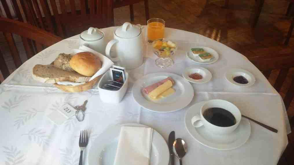 Pequeno-almoço Hotel Riviera
