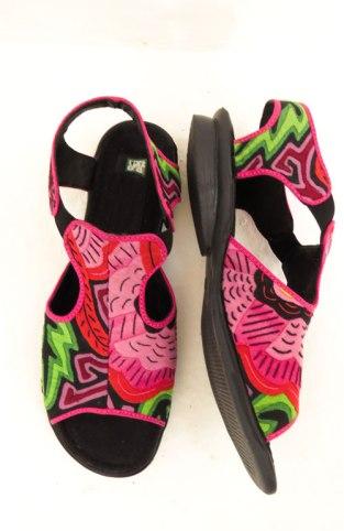 Sandálias de mola (tam. 37 / 24cm)