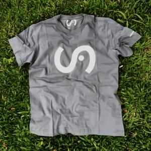 Camiseta SEB Chumbo