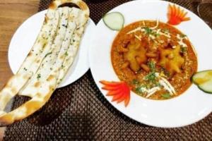 covid curry and nana mask