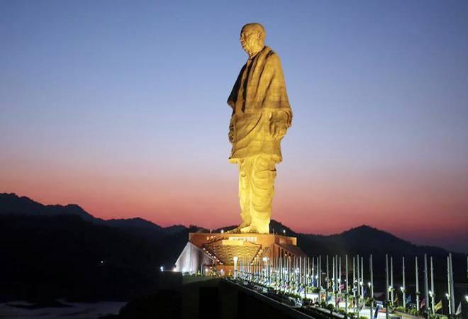 The Poetics Of Statues