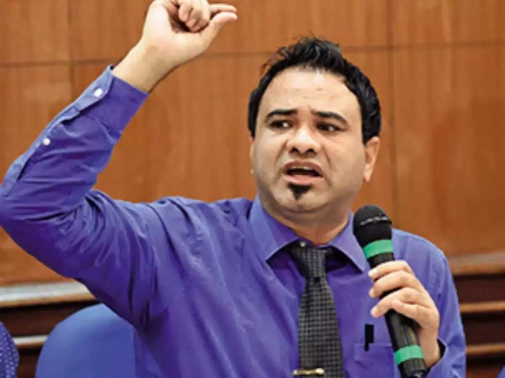 Kafeel Khan: डॉ. कफील को हाई कोर्ट से राहत , निलंबन पर लगाई रोक, एक महीने में विभागीय जांच की मांगी रिपोर्ट