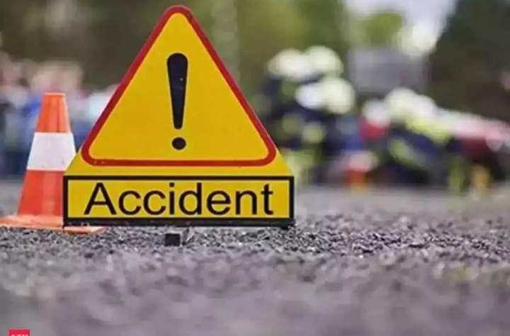 मुजफ्फरनगर में मेरठ-हरिद्वार हाईवे पर हादसा, दिल्ली के तीन युवकों की मौत