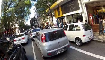 Motociclista que espalha o terror nas estradas brasileiras