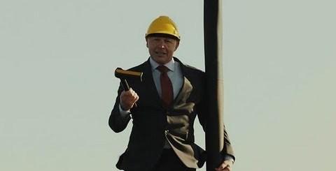 Presidente da Volvo ARRISCA A VIDA em anúncio da marca