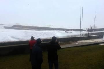 onda que parecia um tsunami no Porto