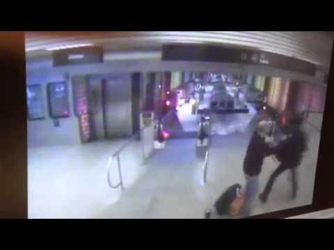 Comboio descarrilou em Chicago