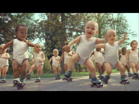 Anúncio com bebés a dançar é o mais recente vídeo viral