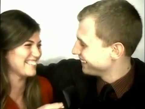 Pedido de casamento em cabine de fotos
