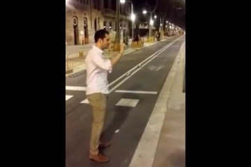 A agressão cobarde que está a indignar Barcelona
