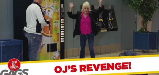 Atacado por uma máquina de refrigerantes