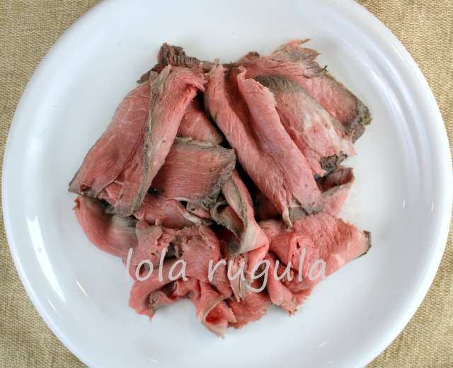 lola rugula perfectly cooked medium rare roast beef
