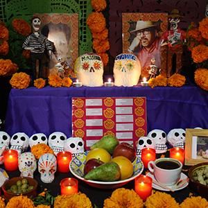 Ofrenda dedicada a Miroslava Breach y a Javier Valdez