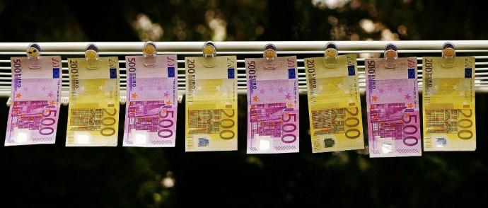 Quanto custa viajar para Paris?