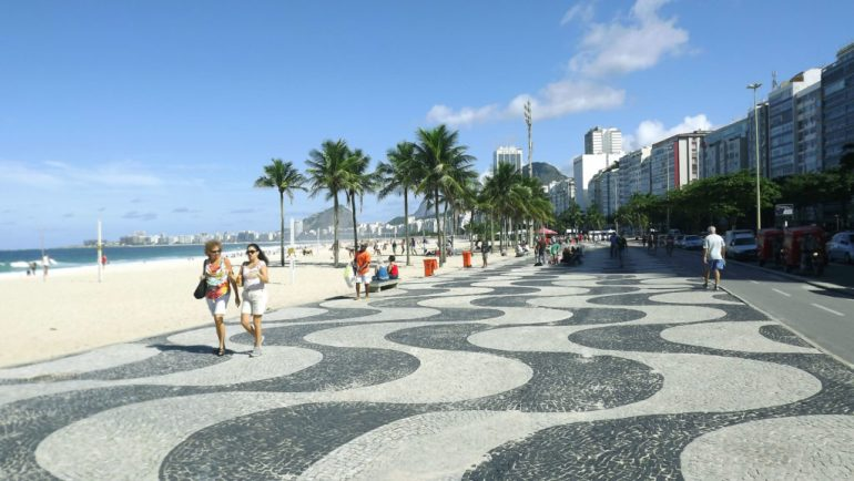 Praia de Copacabana - corrida no Rio de Janeiro