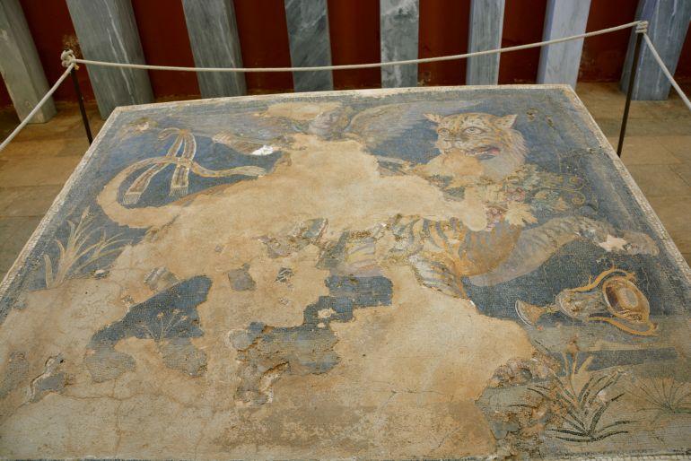 Ilha de Delos - Dionísio e o tigre