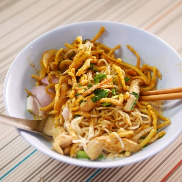 Khao Soy with Chicken