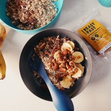 Camping BEASTFAST Superpower Granola on hot porridge for breakfast