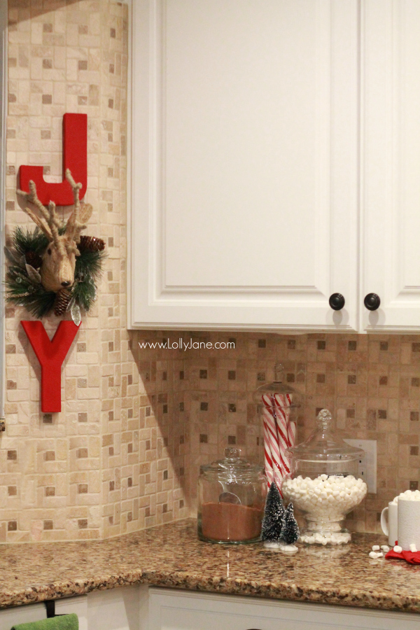 Easy Christmas Kitchen Decor Ideas